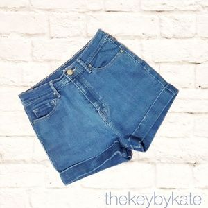 UO BDG Denim High Rise Perry Pin Up Jean Shorts